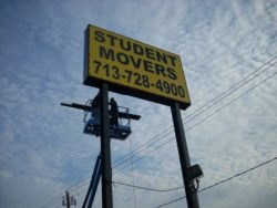 Moving you in Houston, Student Movers provides the right equipment to move you the right way